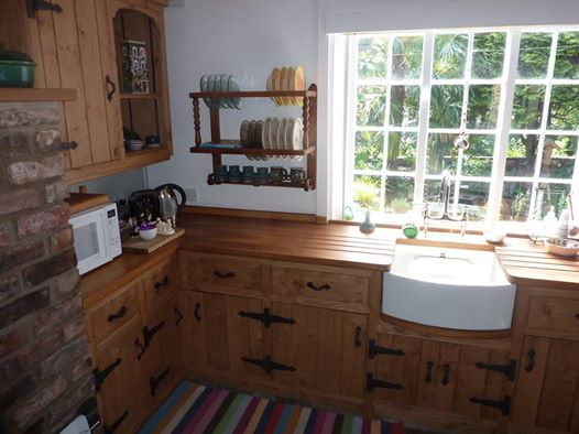 Small Oak Kitchen